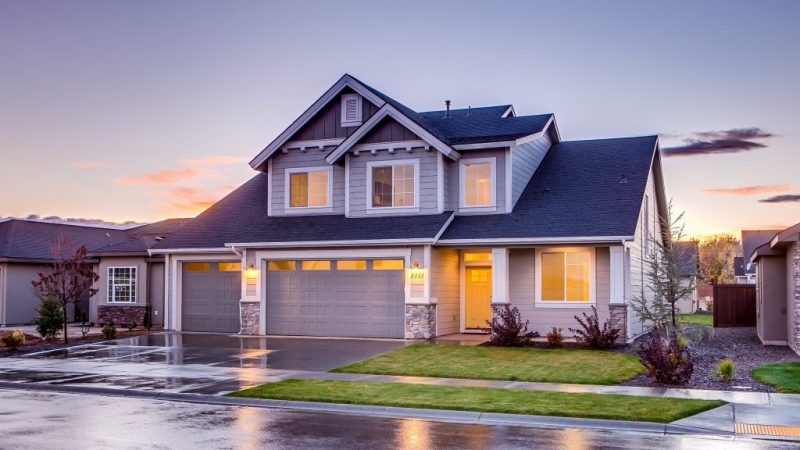 Should you buy a forever home as your first home or a starter home?