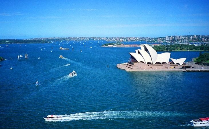 8 TOP TOURIST ATTRACTIONS IN THE LAND DOWN UNDER, AUSTRALIA