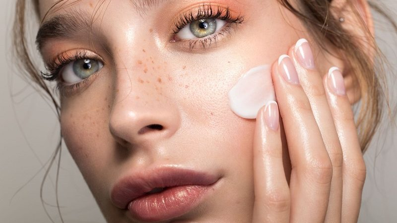 How to Avoid Skin Redness and Sensitivity