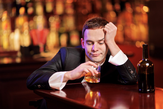 How to Have a Wonderful Experience when you Go to a Bar Alone