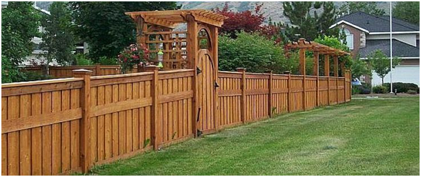 Fence Builder Guide for Extending Life of Wood Fences